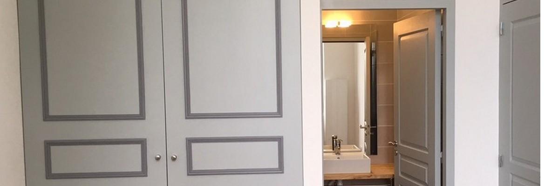 Chambre avec salle de bain privée de l'un des appartements de la Chartreuse - Villenave d'Ornon